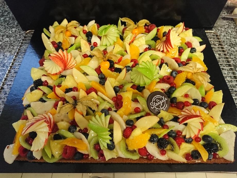 Tarte multifruits en cadre pour 30 personnes